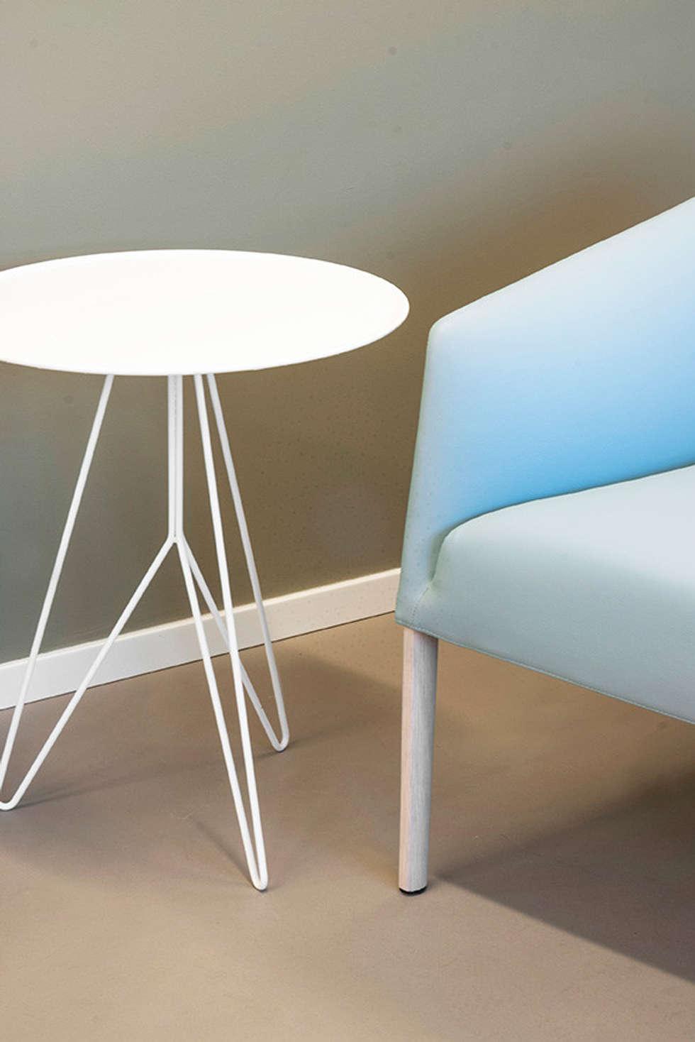 Pedon Spa  Progettazione e realizzazione interni: Complessi per uffici in stile  di studiograffe