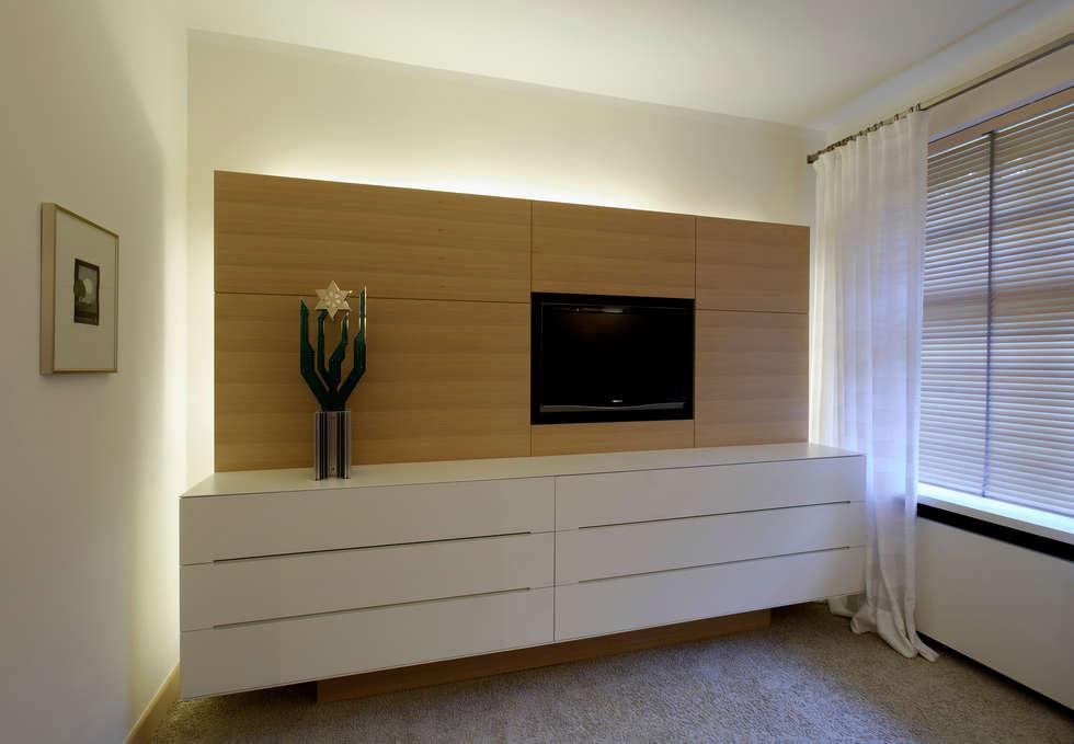 Fotos de decora o design de interiores e reformas homify - Kuchenfliesen wand modern ...