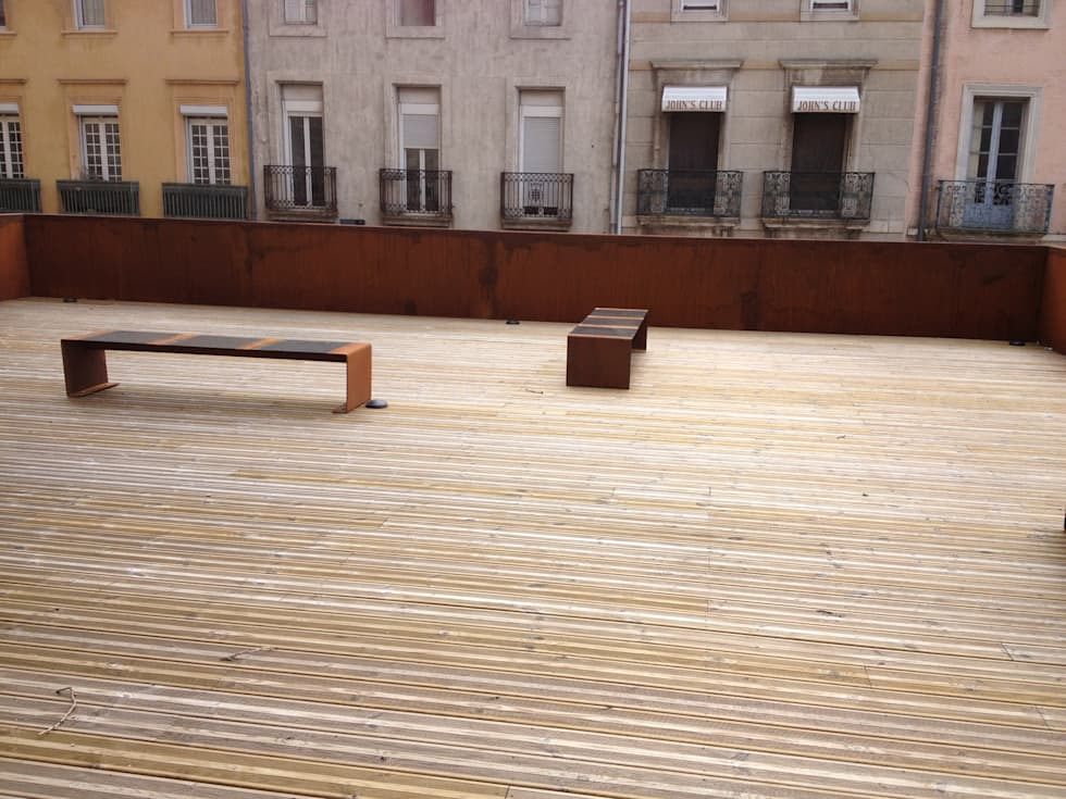 Terrasse: Lieux d'événements de style  par BATIR AU NATUREL