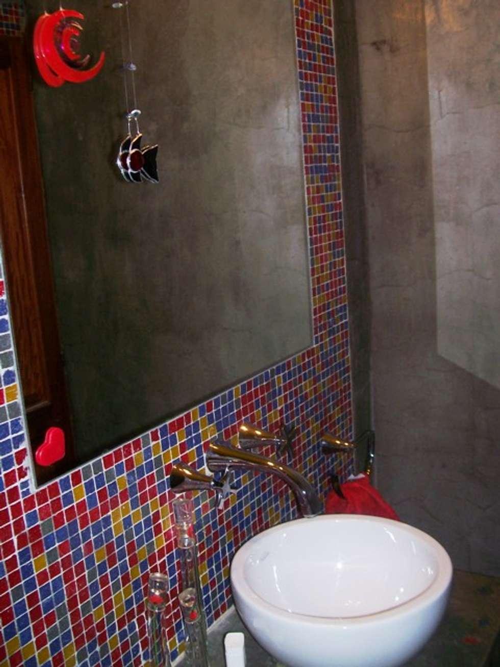 Reforma Casa en Caballito C.A.B.A: Baños de estilo moderno por AyC Arquitectura