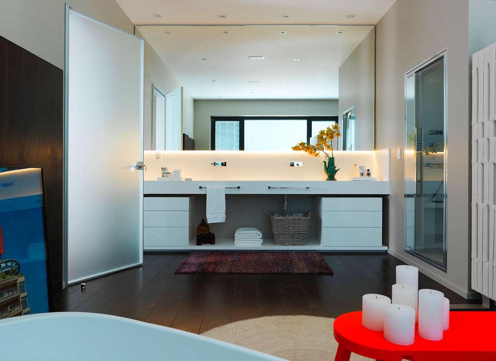 Abito Casa: Banheiros modernos por Todos Arquitetura