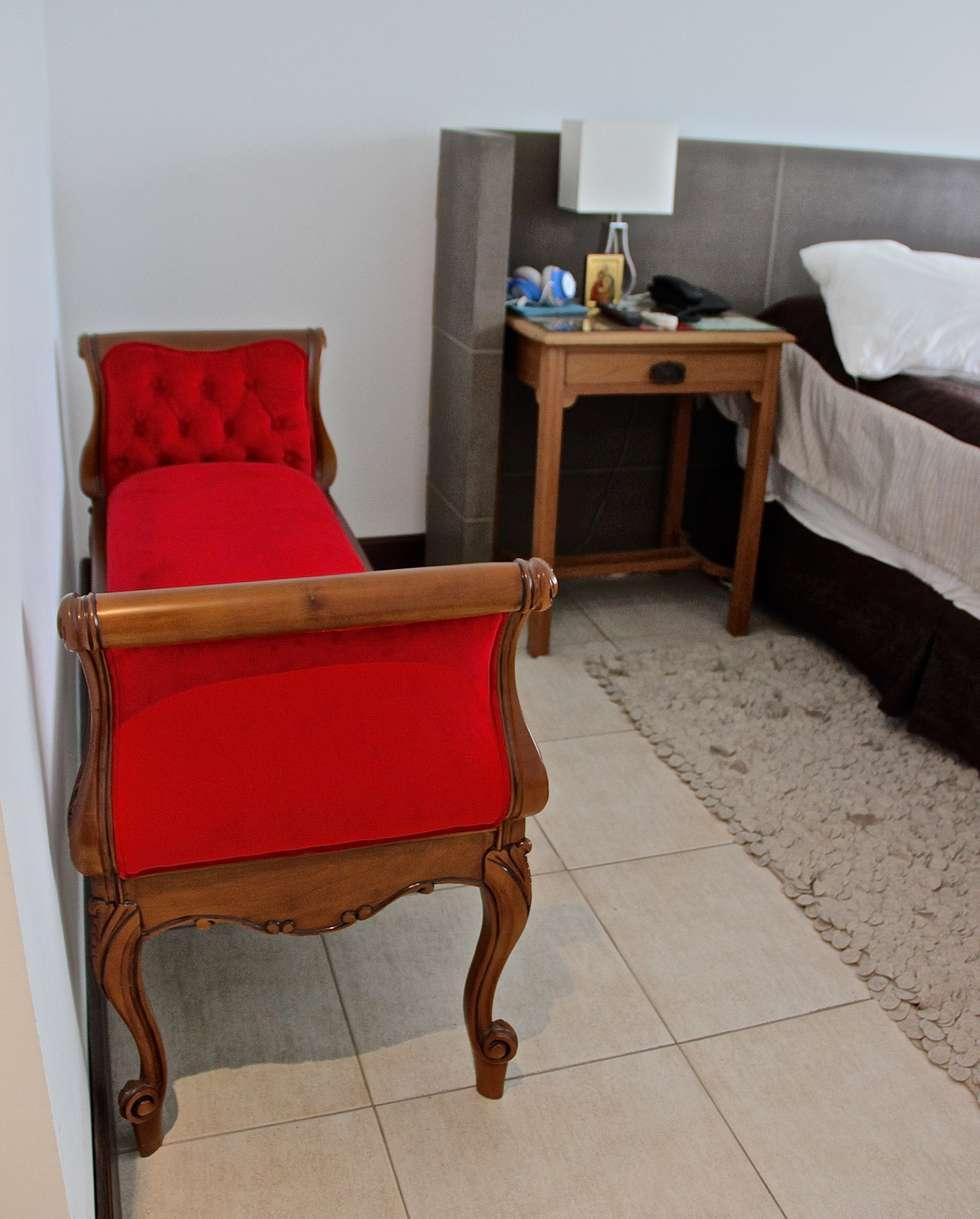 DORMITORIO PRINCIPAL 2: Dormitorios de estilo moderno por HOME UP
