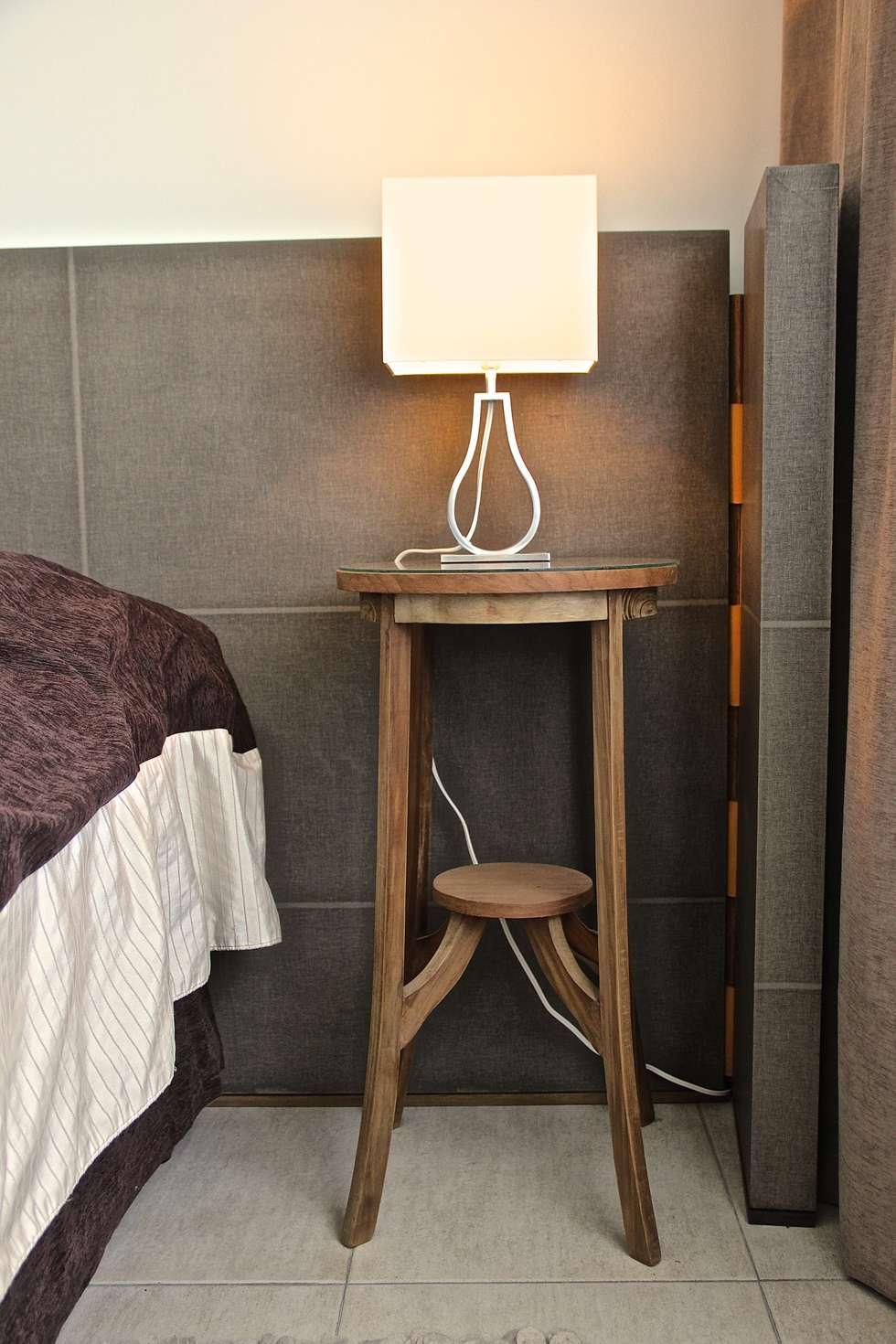 DORMITORIO PRINCIPAL 4: Dormitorios de estilo moderno por HOME UP