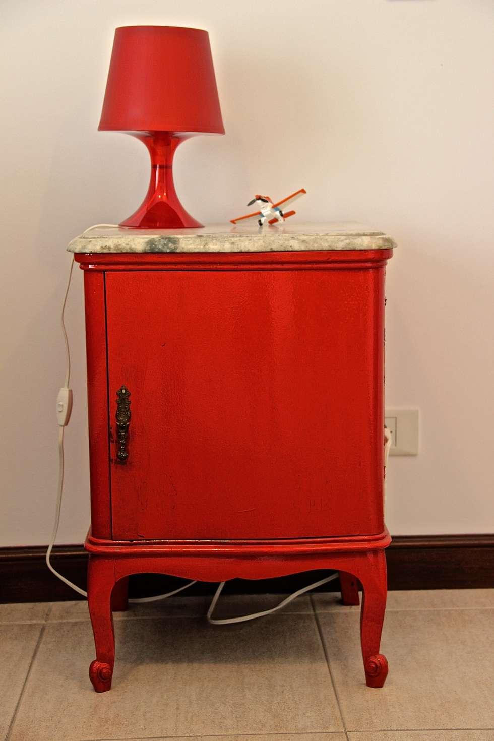 DORMITORIO HIJO 3: Dormitorios infantiles de estilo moderno por HOME UP