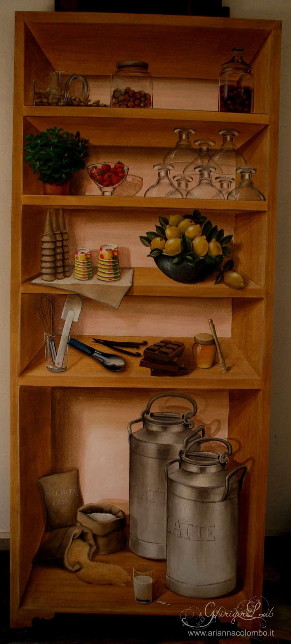 Finto scaffale con ingredienti e attrezzature da gelateria : Pareti in stile  di Ghirigori Lab di Arianna Colombo