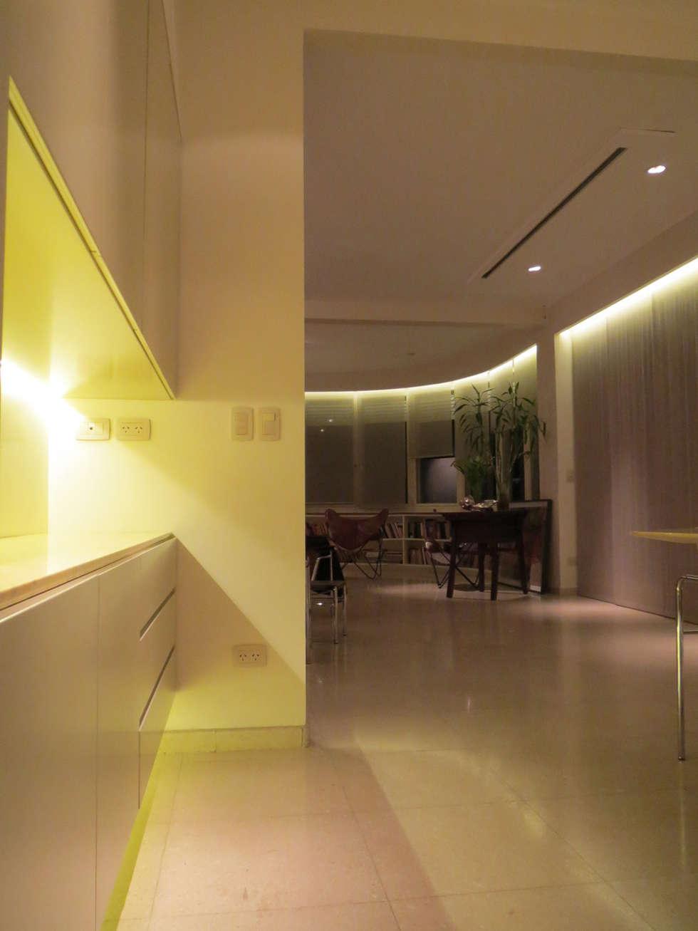 Vista de la ochaba: Comedores de estilo moderno por Estudio de iluminación Giuliana Nieva