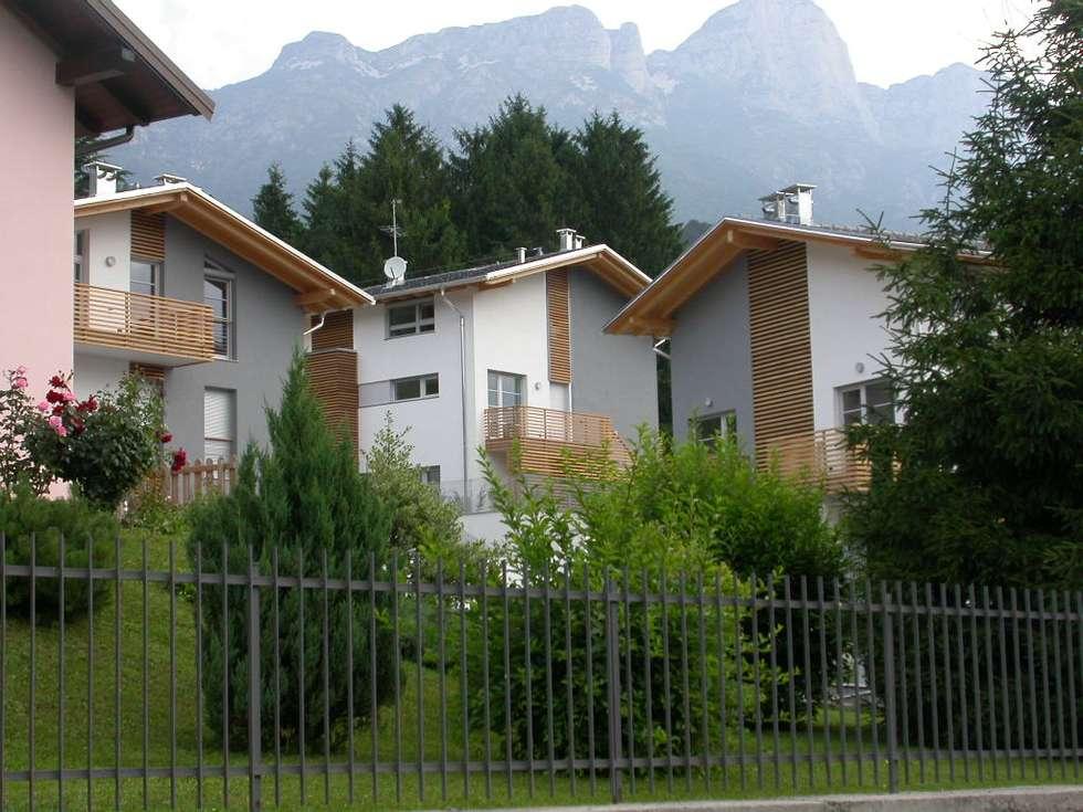 Residenza Giulia: Case in stile in stile Moderno di NORDHAUS