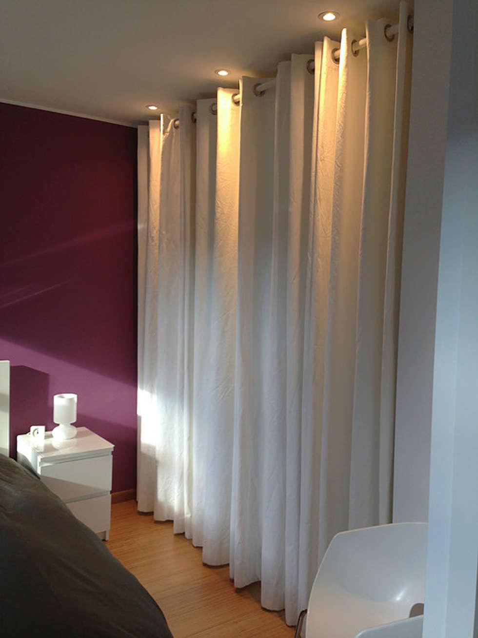 Chambre avec dressing: Chambre de style de style Moderne par BeWaa - Waldmann architecte