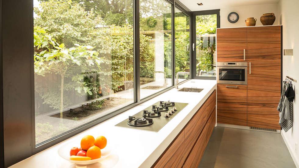 Smalle open keuken - Fotos van moderne keuken ...