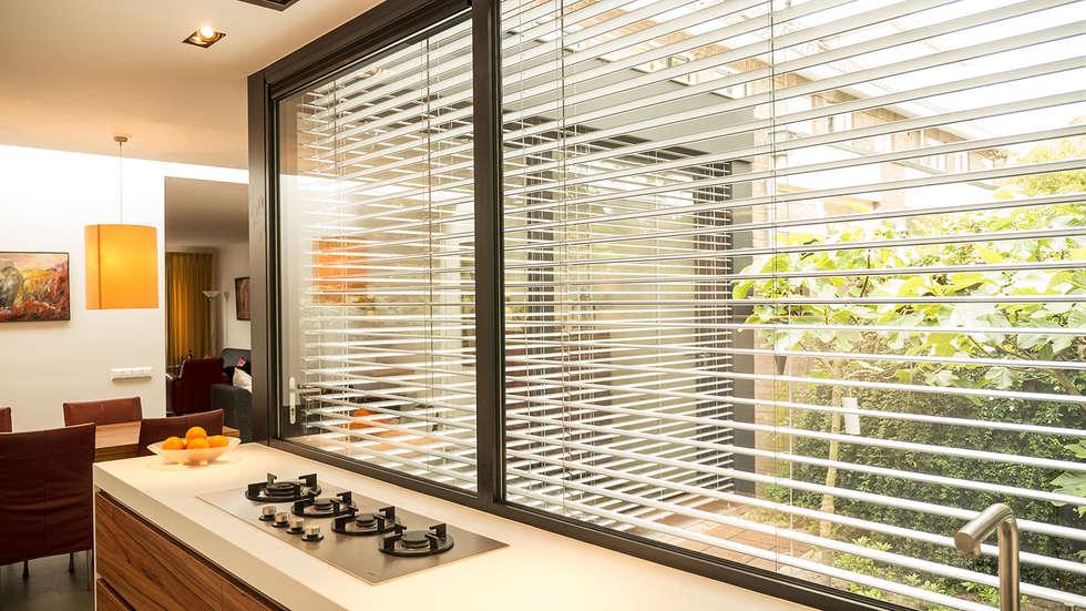 Foto's van een moderne keuken: luxe smalle aanbouw met keuken pal ...