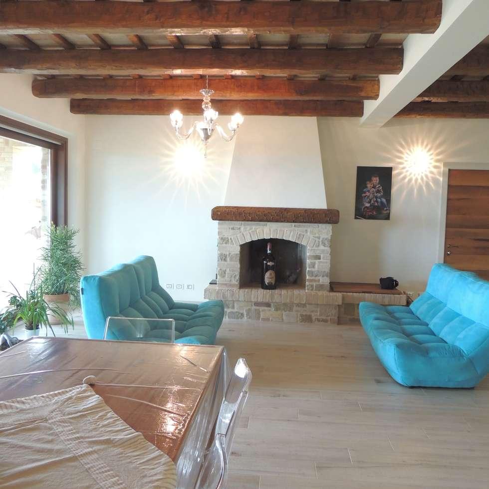 Idee arredamento casa interior design homify - Soggiorno rustico moderno ...