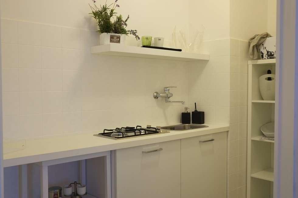 Dopo : Cucina in stile in stile Moderno di homeSbattistella