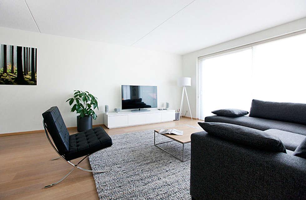 Interieur design by nicole & fleur: modern tarz oturma odası | homify