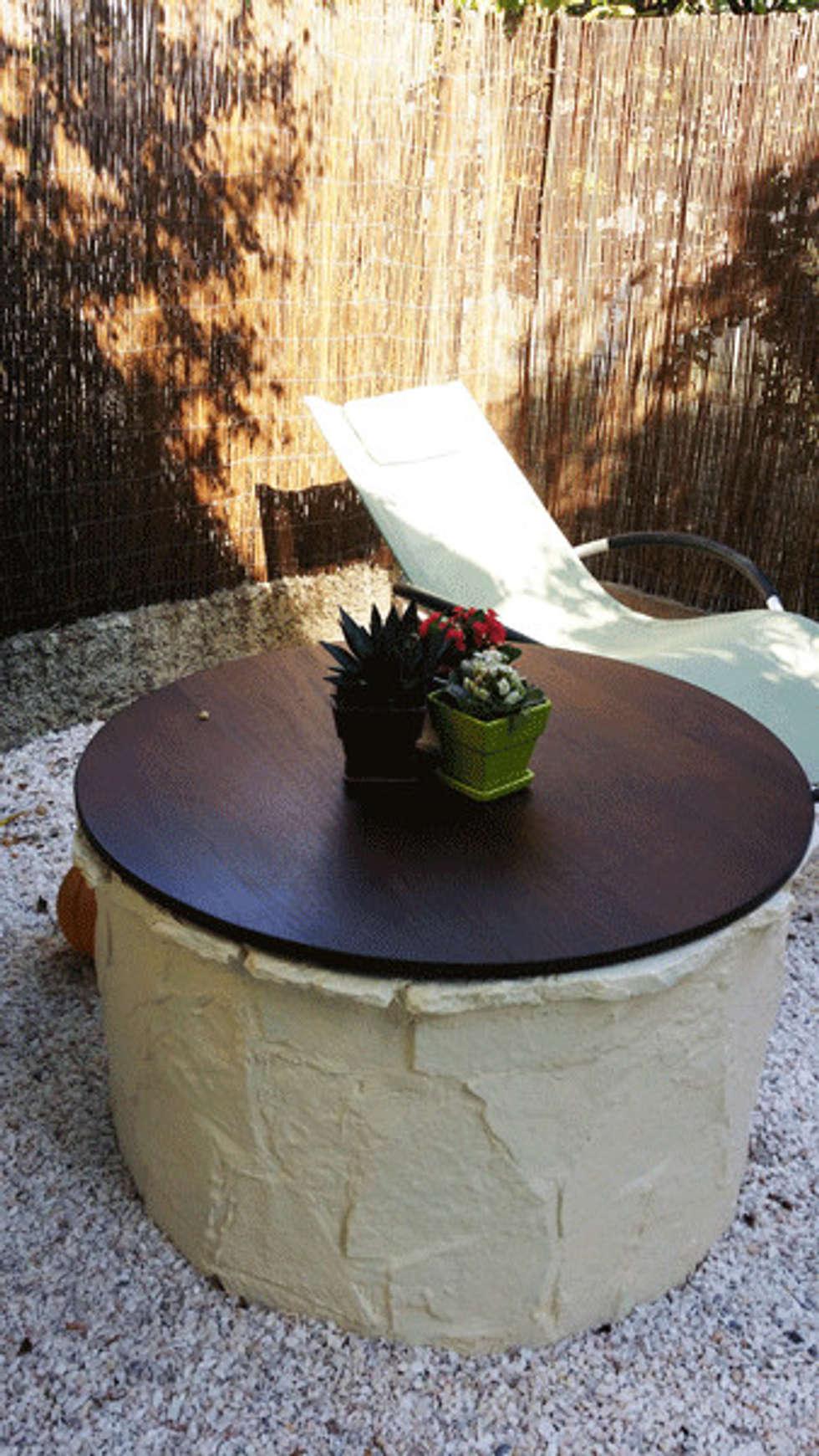 la renaissance du puits en table pour poser le verre :-): Jardin de style de style Asiatique par Le Jardin Qui Bouge