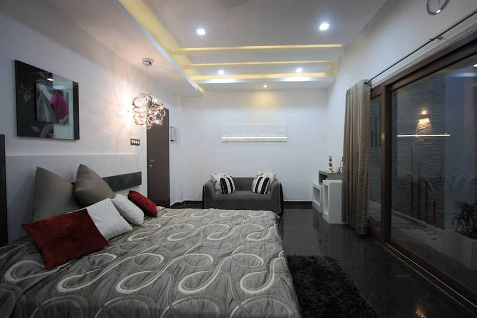 Master Bedroom: modern Bedroom by Ansari Architects