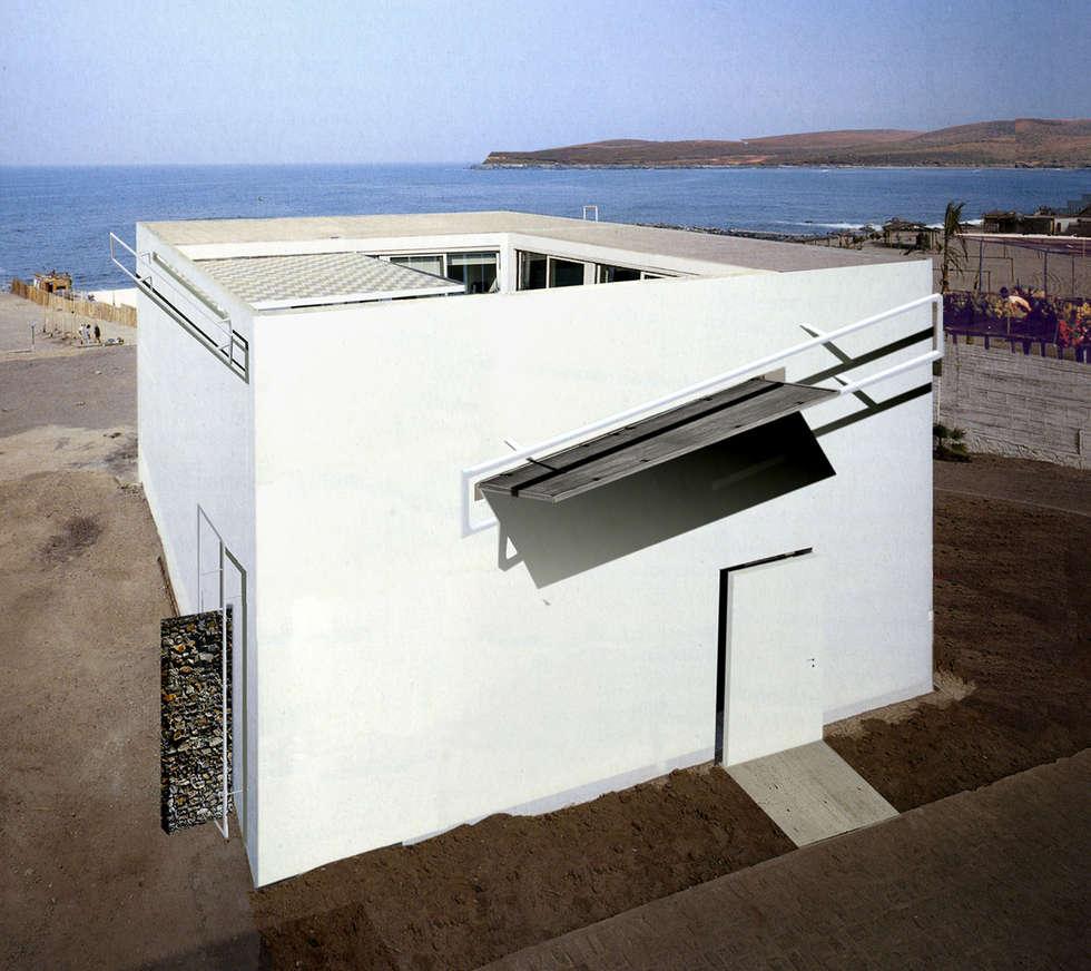 veduta esterna: Case in stile in stile Moderno di Altro_Studio