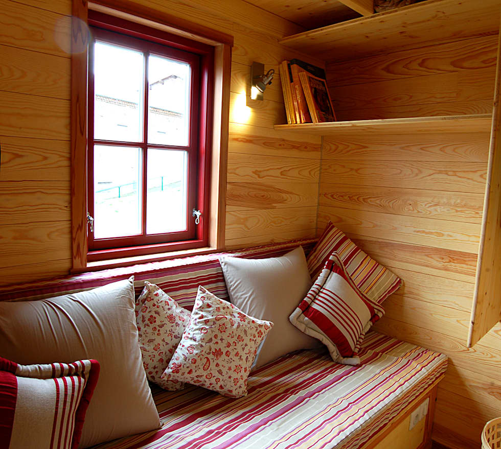 TINY HOUSE CONCEPT: Maisons de style de style eclectique par TINY HOUSE CONCEPT - BERARD FREDERIC