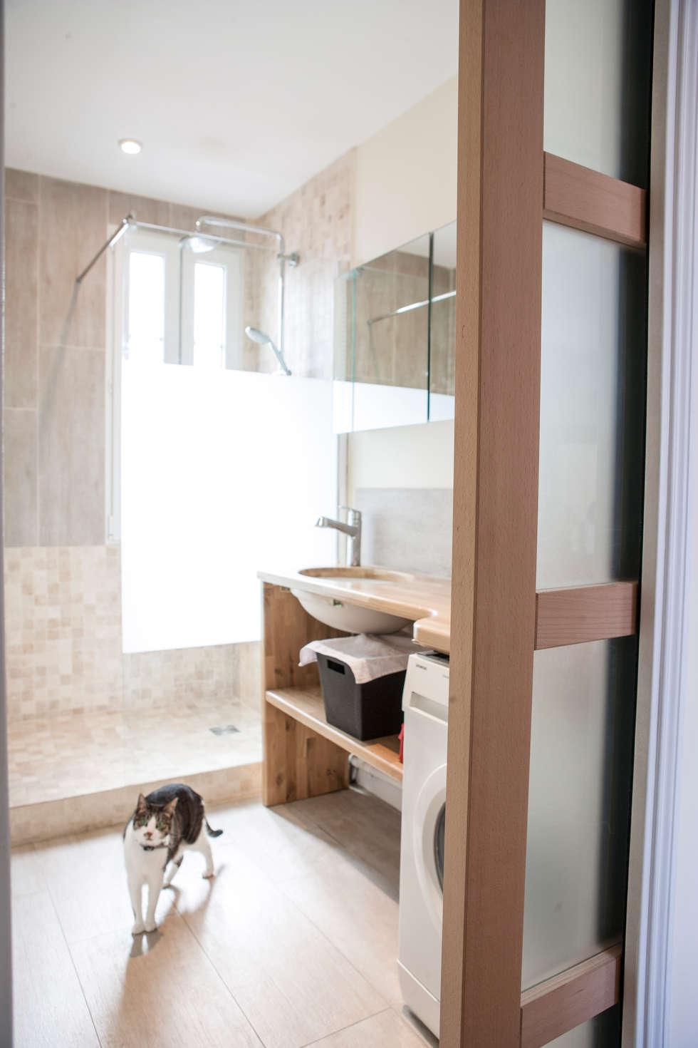 salle de bain 01: Salle de bains de style  par Olivier Olindo Architecte