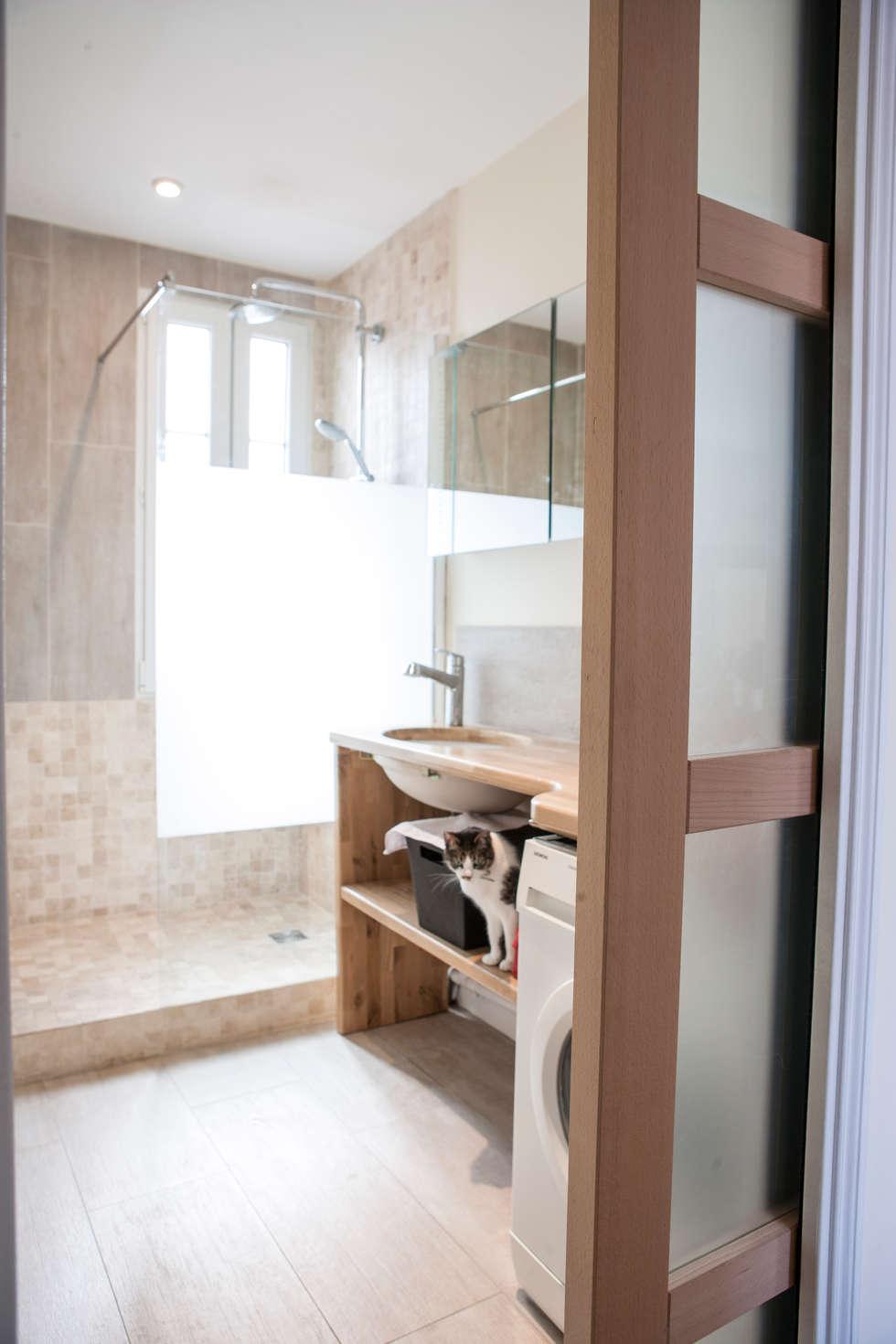 salle de bain 02: Salle de bains de style  par Olivier Olindo Architecte