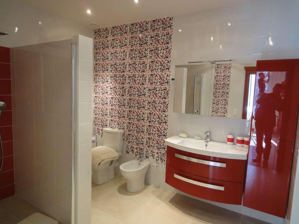 Rénovation salle de bain Courbevoie: Salle de bains de style  par FiveStars Rénovation