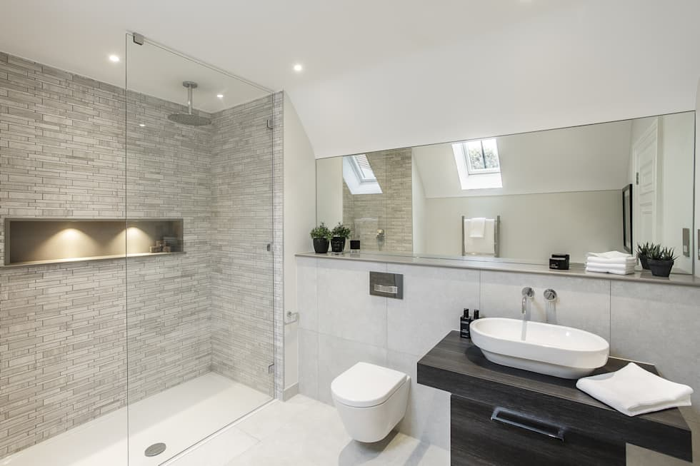 Ensuite: modern Bathroom by Emma Hooton Ltd
