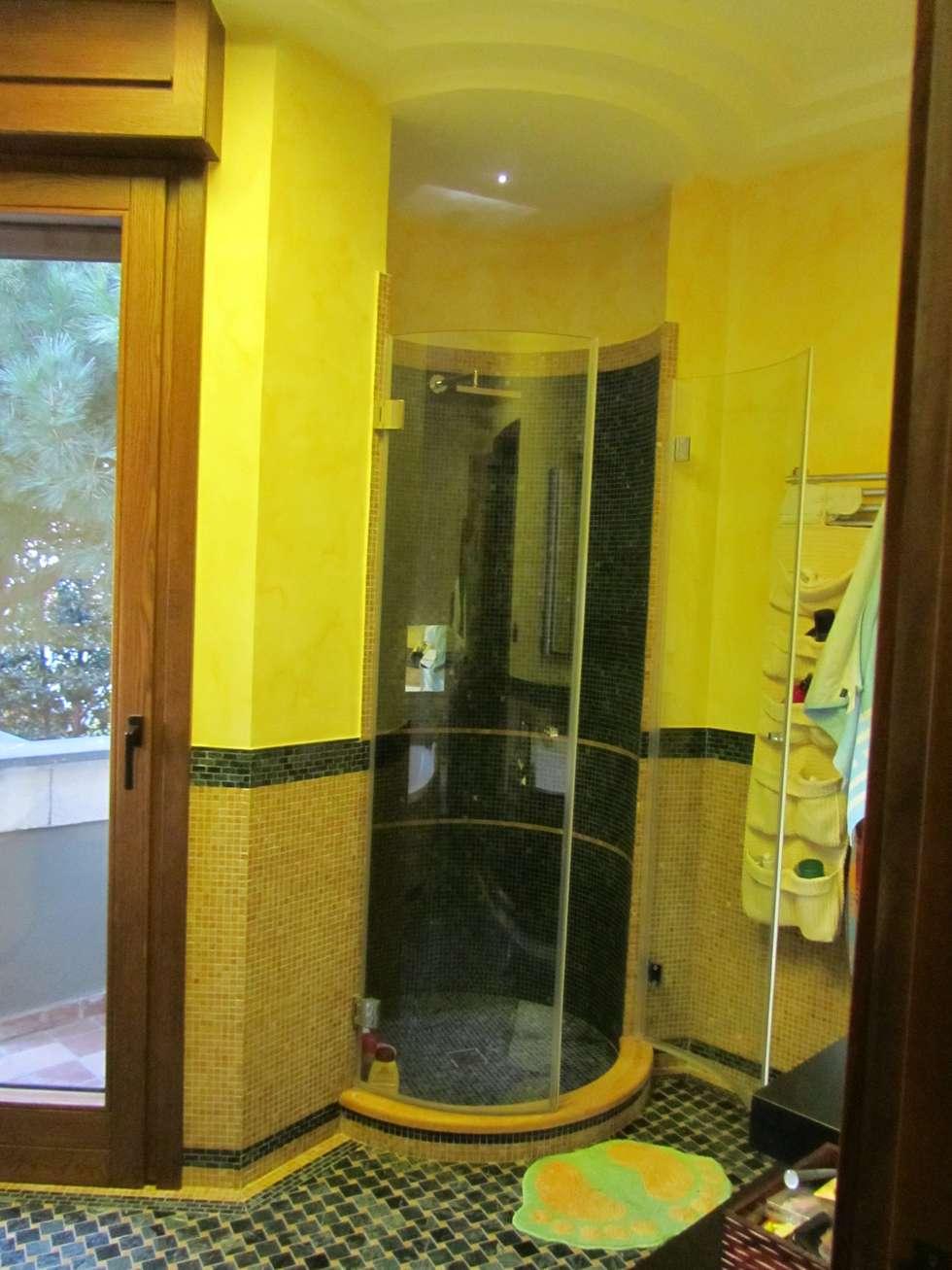 Box doccia: Bagno in stile in stile classico di Cesario Art&Design