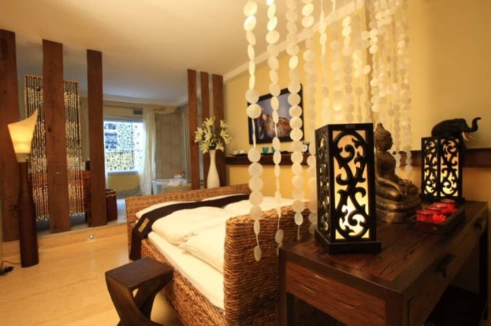 Feng Shui Lounge Im Loccumer Hof Hannover Details Asiatische Wohnzimmer Von Sam Nok