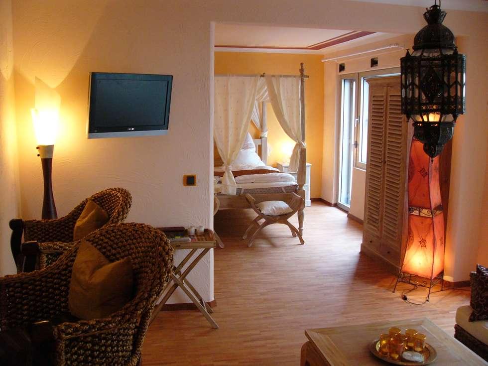 Feng Shui Suite Im Loccumer Hof Hannover Details Asiatische Wohnzimmer Von Sam