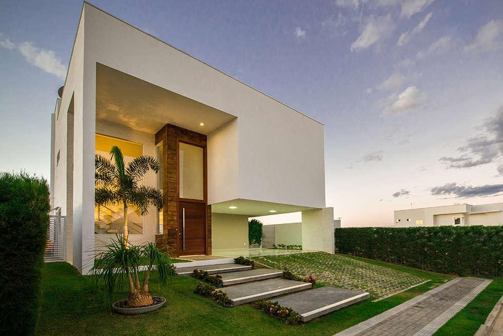 Casas de estilo minimalista por duo arquitetura homify for Fachadas estilo minimalista casas