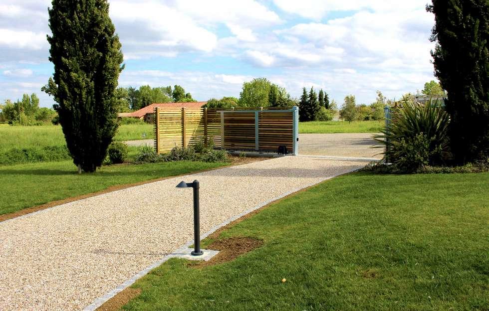 Id es de design d 39 int rieur et photos de r novation homify - Allee de jardin design calais ...
