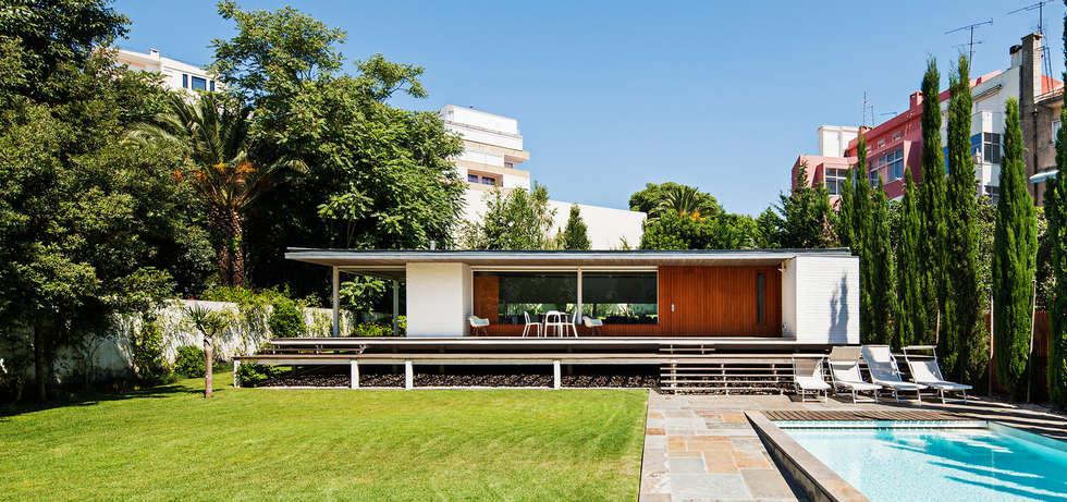 Casas modernas por Alexandre Marques Pereira, Arquitectura Unipessoal Lda.