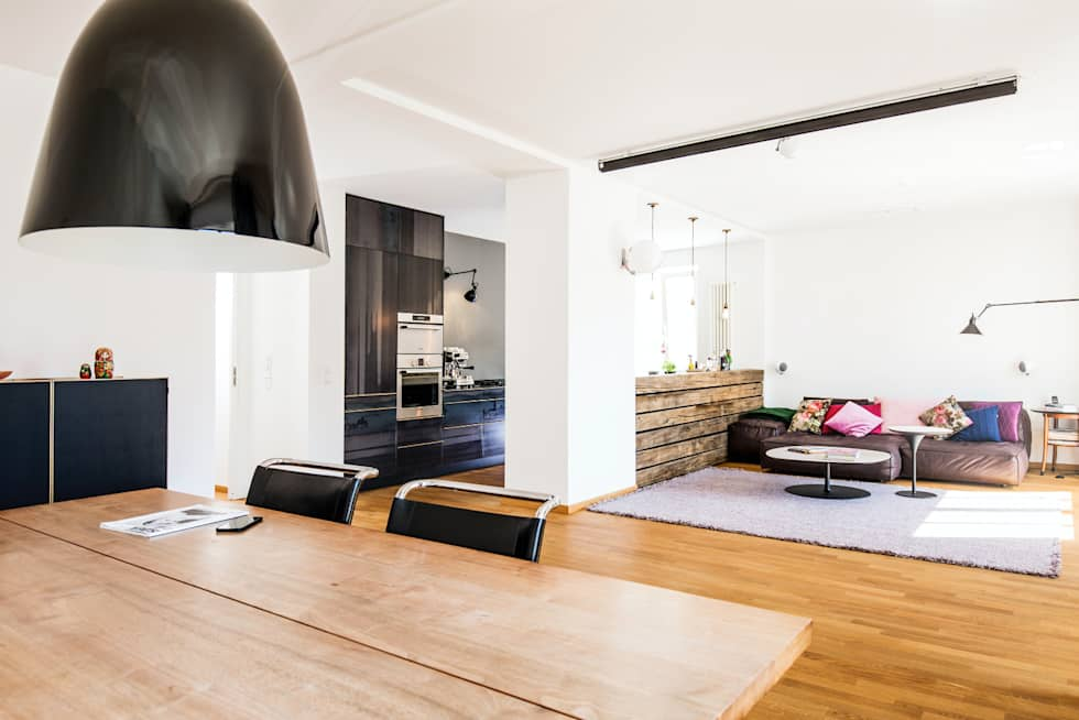 Interior Design Wohnung R : Moderne Wohnzimmer Von BESPOKE GmbH // Interior  Design U0026 Production