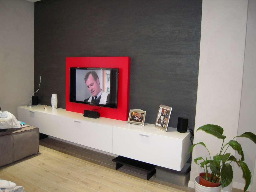 Idee arredamento casa interior design homify - Pannello porta tv ikea ...