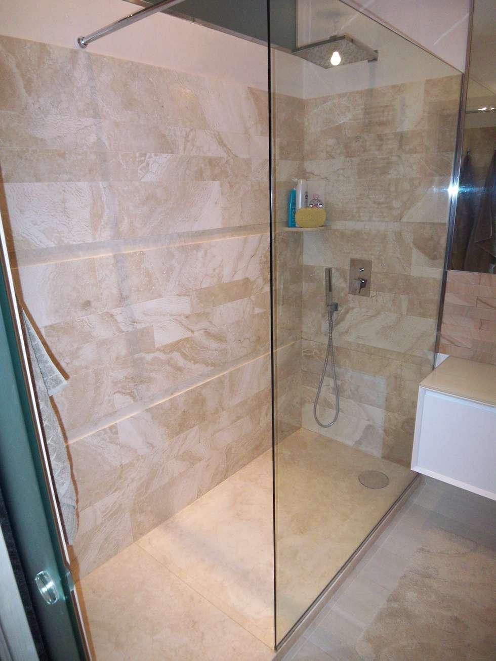 foto di bagno in stile in stile moderno : arredo bagno sabbia ... - Arredo Bagno In Stile