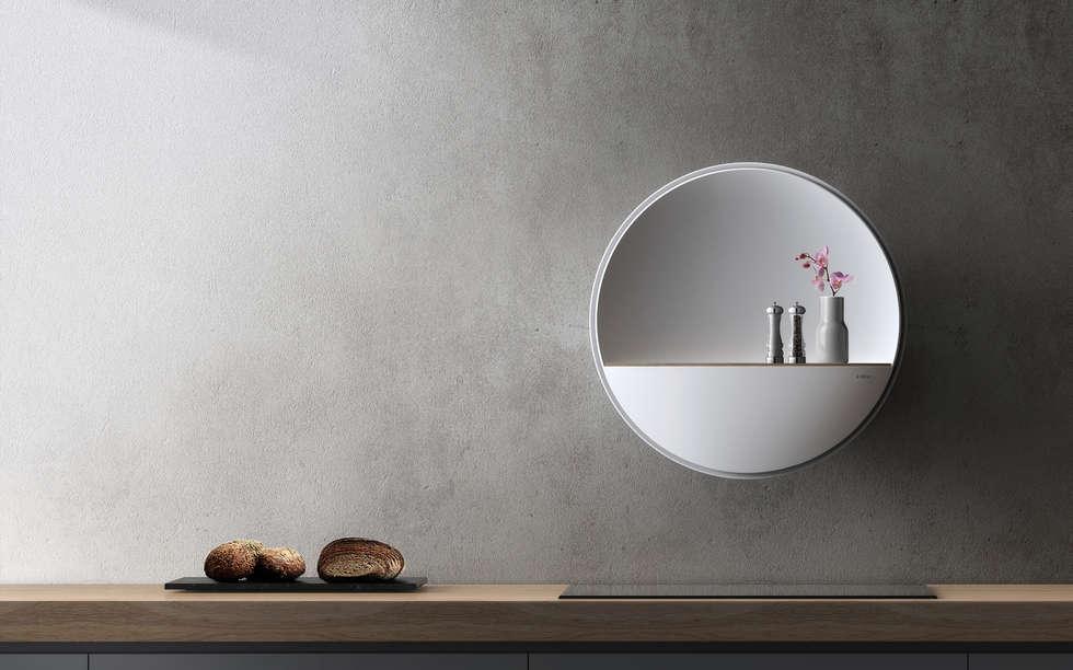 """""""Skyline"""" di Simone Bonanni e Attila Veress: Cucina in stile in stile Minimalista di CRISTALPLANT"""
