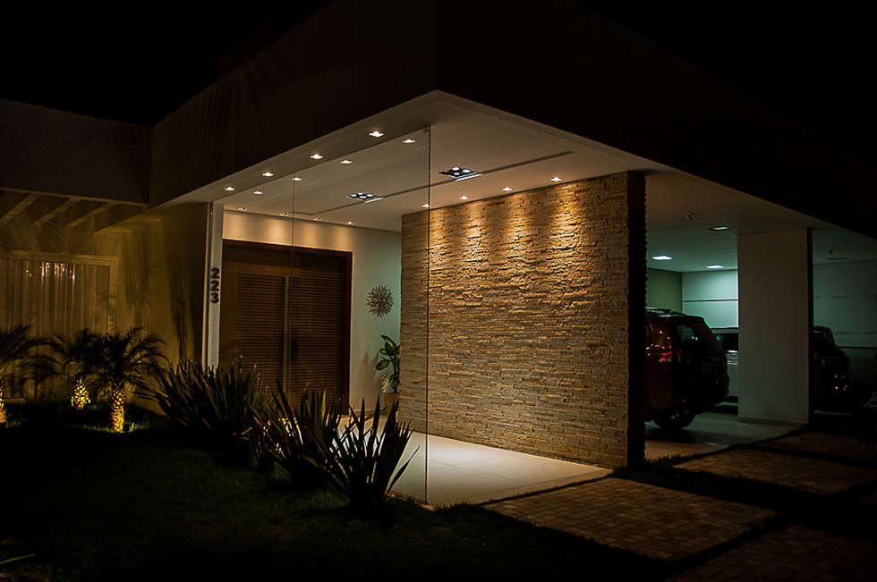 Ideas im genes y decoraci n de hogares homify for Iluminacion para muros exteriores