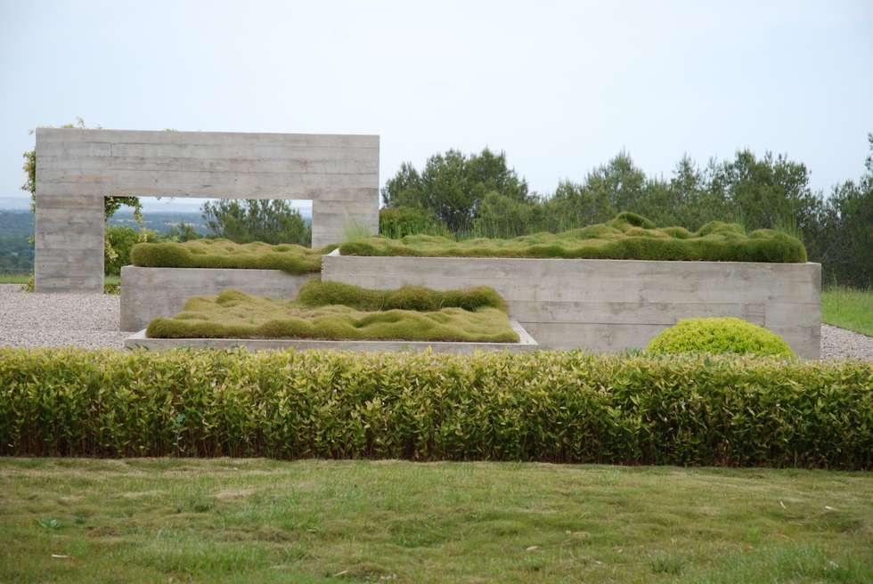 Structures en béton: Jardin de style de style Moderne par JARDIN GECKO