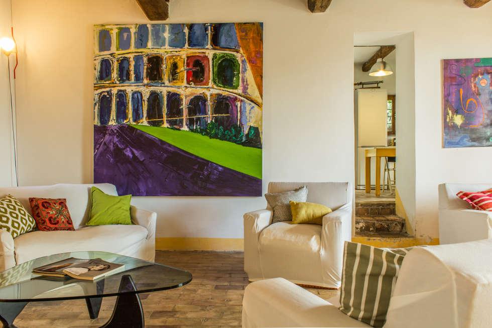 Boite Maison: esempi di home staging, home relooking e fotografia immobiliare. : Soggiorno in stile in stile Eclettico di Boite Maison