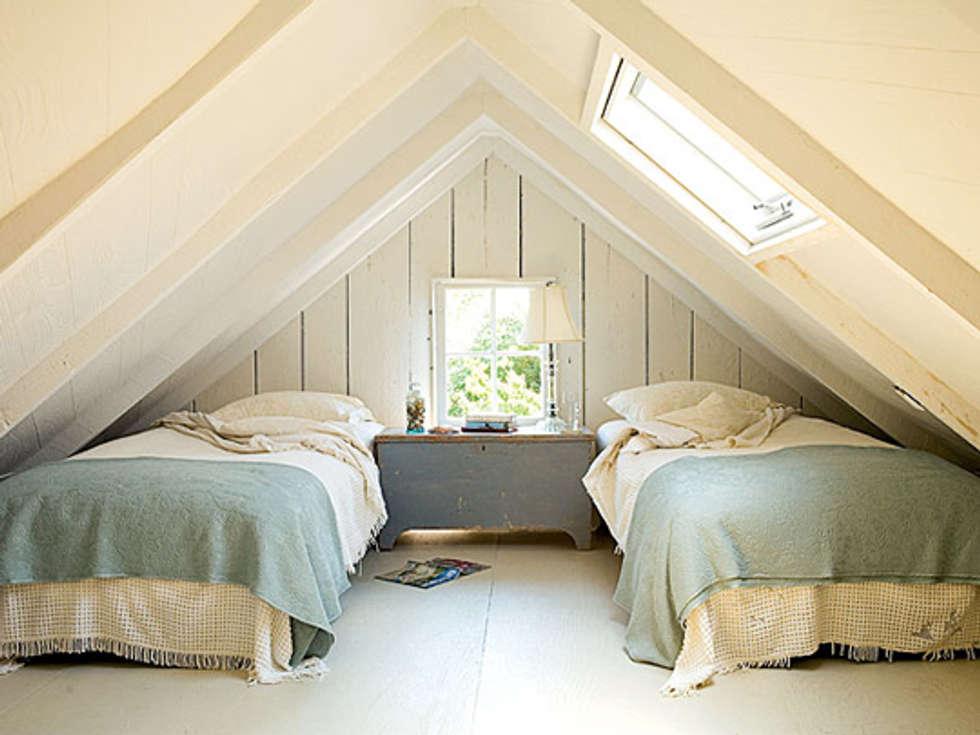 Sottotetto: camera da letto in stile in stile classico di tucommit ...