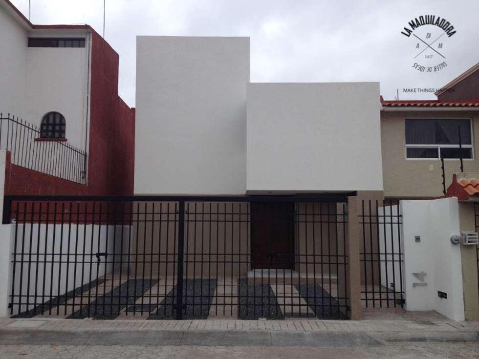 Casa alborada casas de estilo minimalista por la for Casas pequenas estilo minimalista