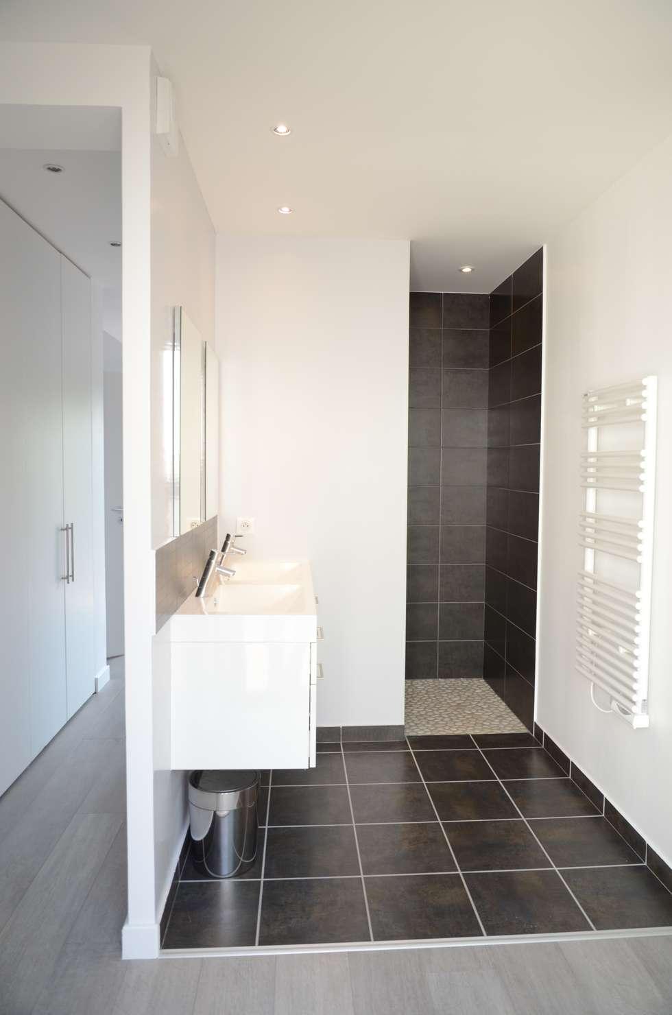 Salle De Bain Moderne Grise en ce qui concerne salle de bain moderne gris anthracite et blanc: salle de bains de