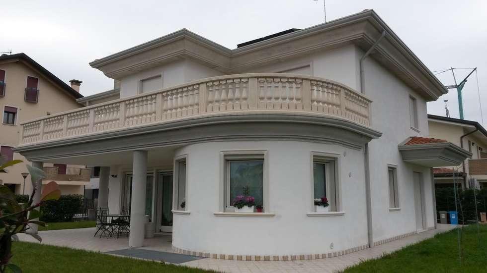 Idee arredamento casa interior design homify - Cornicione casa ...