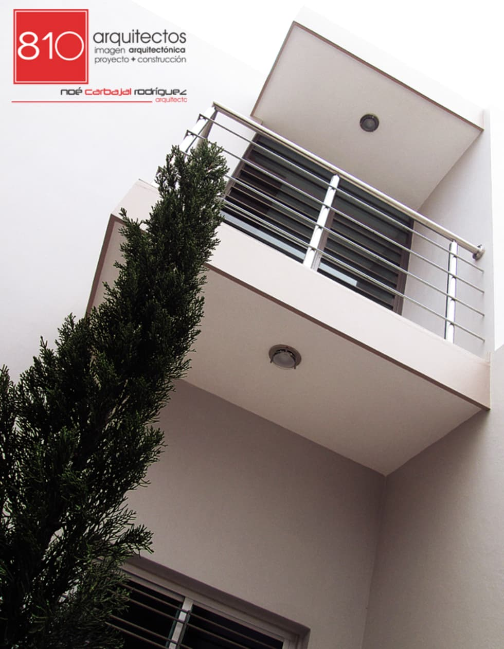 Casa Habitación. Amézquita Córdova: Casas de estilo moderno por 810 Arquitectos