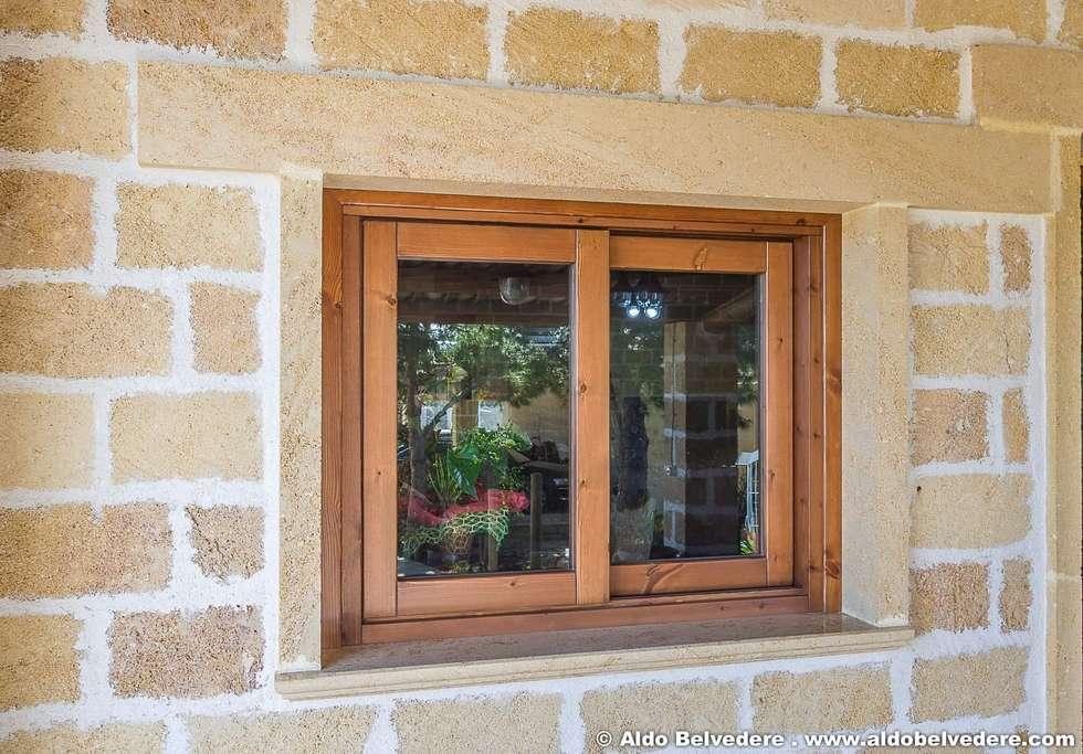 Case di campagna rustiche finestre porte in stile in for Immagini di case rustiche
