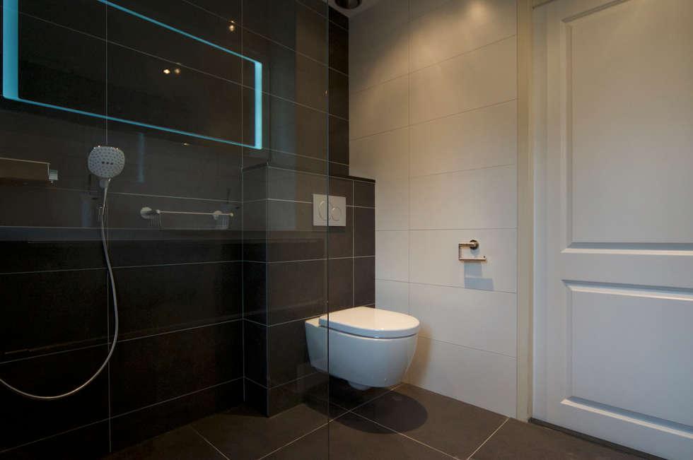 referentie Alkmaar: landelijke Badkamer door AGZ badkamers en sanitair
