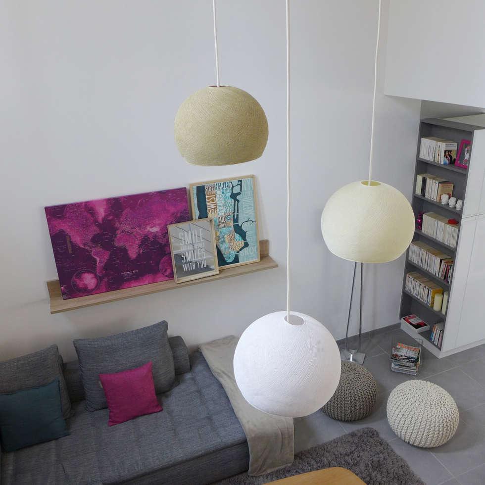 Luminaires et suspensions.: Salon de style de style Scandinave par Skéa Designer