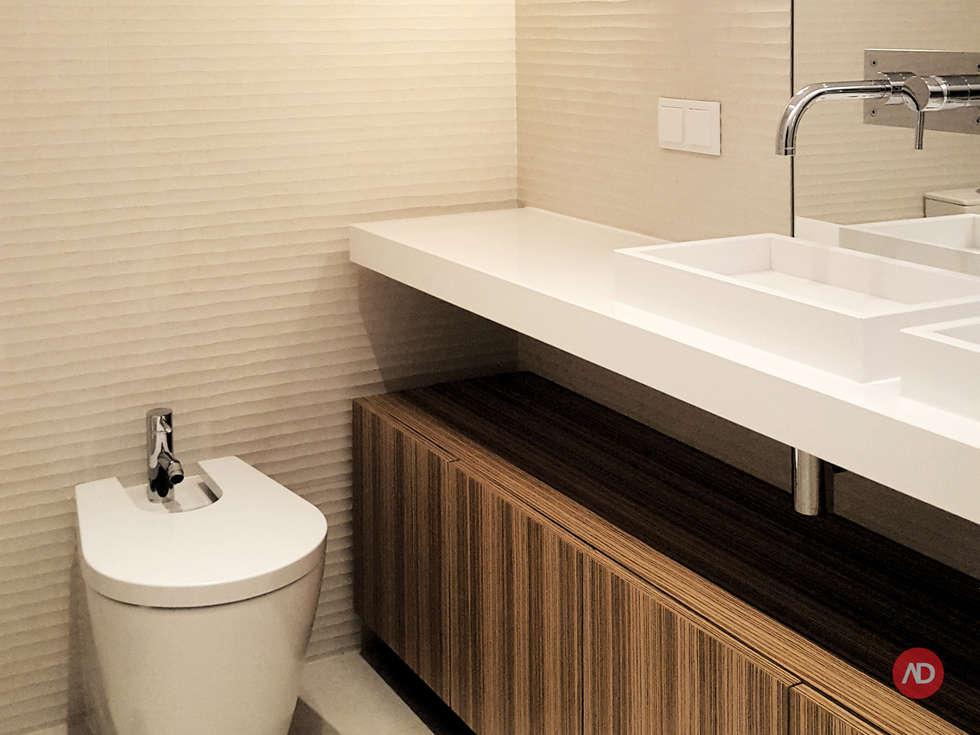 Remodelação Apartamento: Casas de banho modernas por ARCHDESIGN   LX