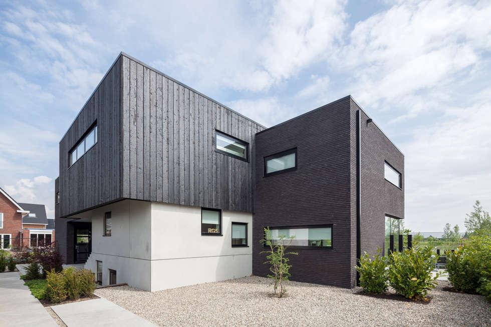 Villa montfoort moderne huizen door station d architects homify