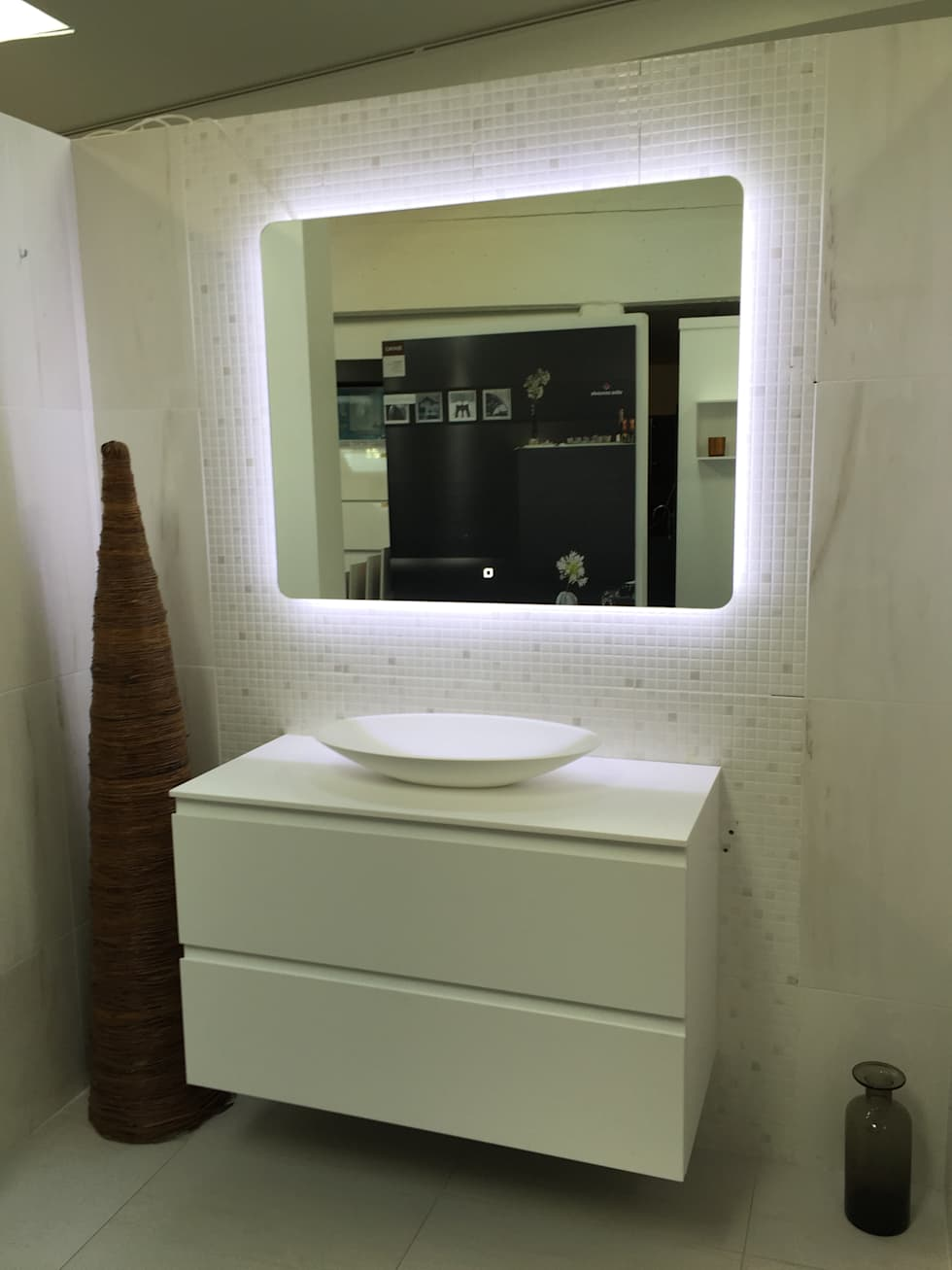 Showroom – banio – dk: skandinavische badezimmer von copenhagen bath ...