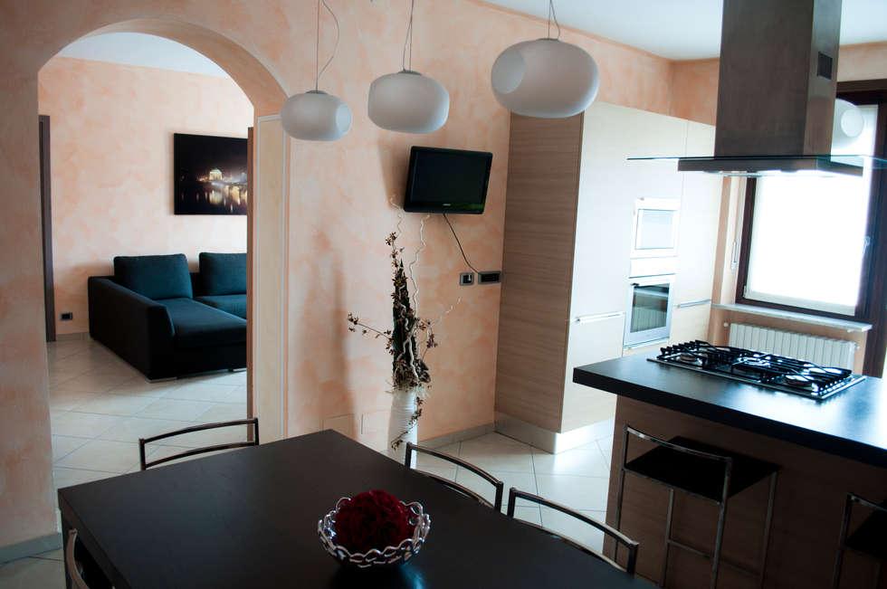 Studio ArchOB | Casa M&M: Cucina in stile in stile Moderno di Studio ArchOB